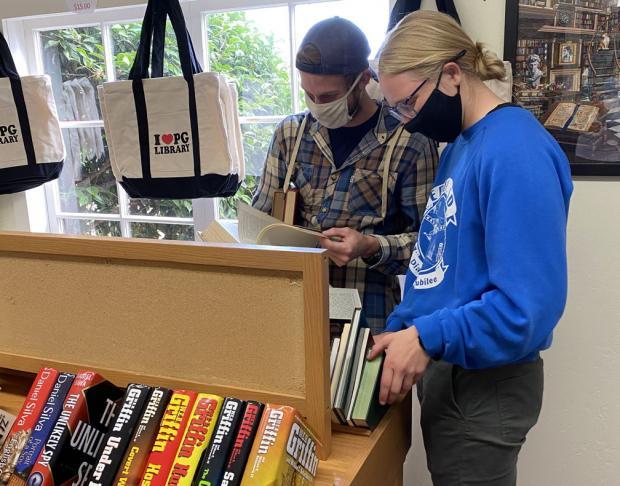 Friends Book Store